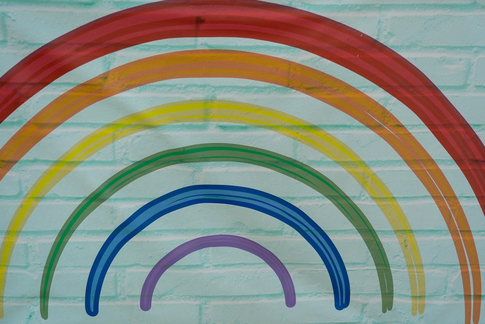 red blue and yellow round plastic