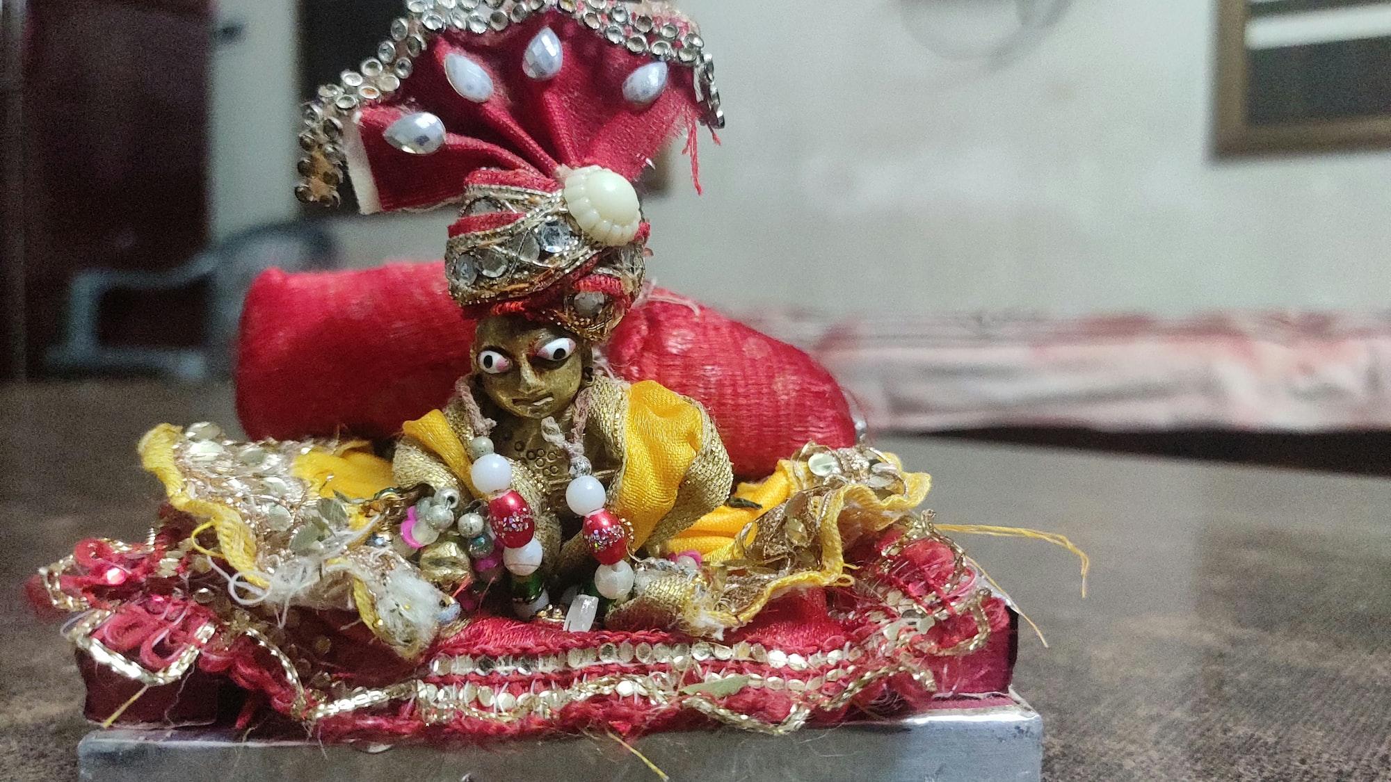 Lord Krishna blessing us on the auspicious occasion of Janmashtmi(His birthday)