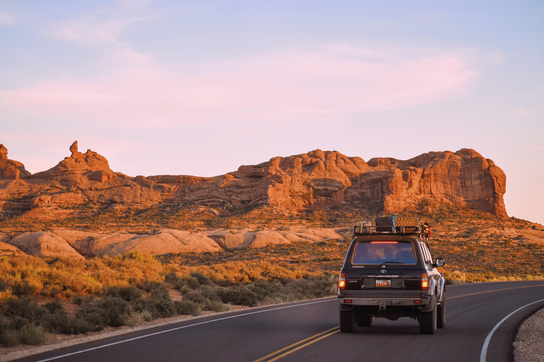 travel Uluru in 4WD hire