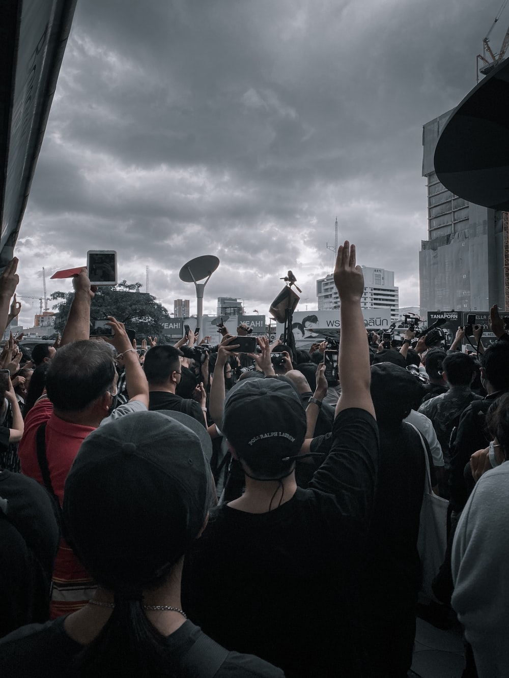 people gathering on a concert during daytime