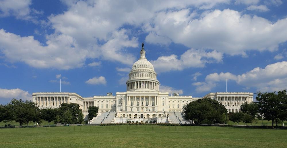 United States Capitol - Phân biệt Thẻ xanh EB1, EB2 và EB3