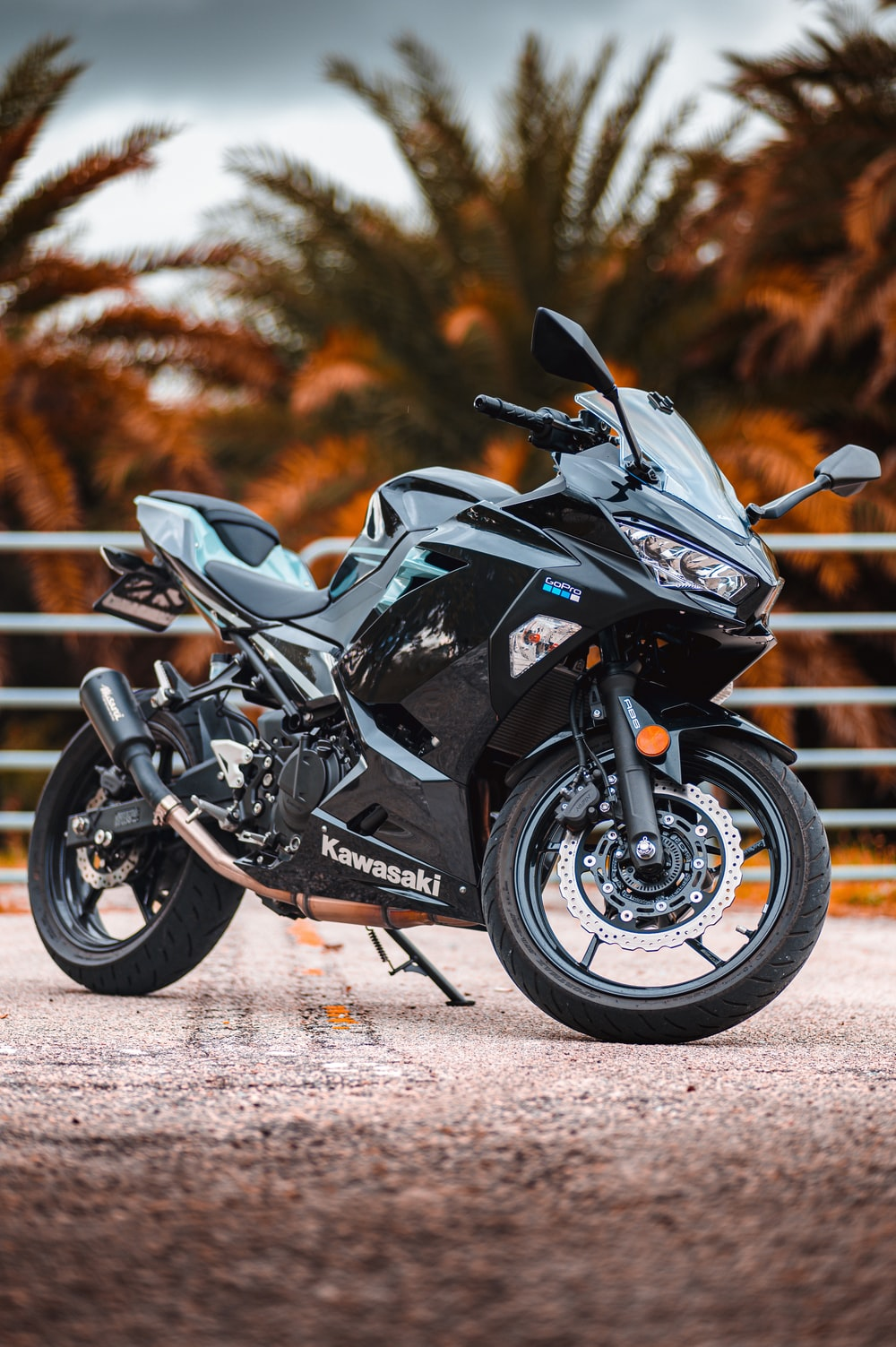 black and gray sports bike