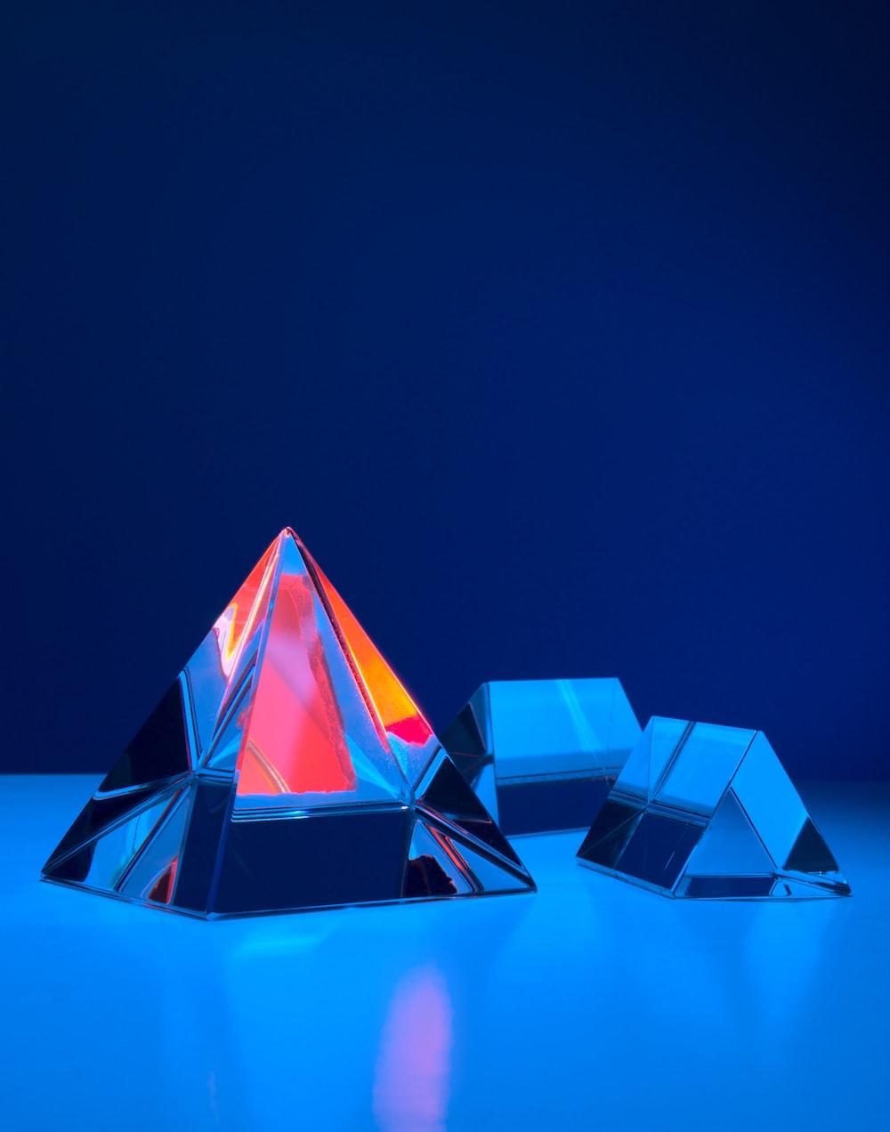 3 blue and red diamond illustration