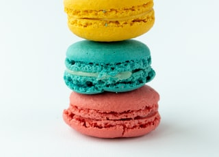 3 yellow and pink macaroons