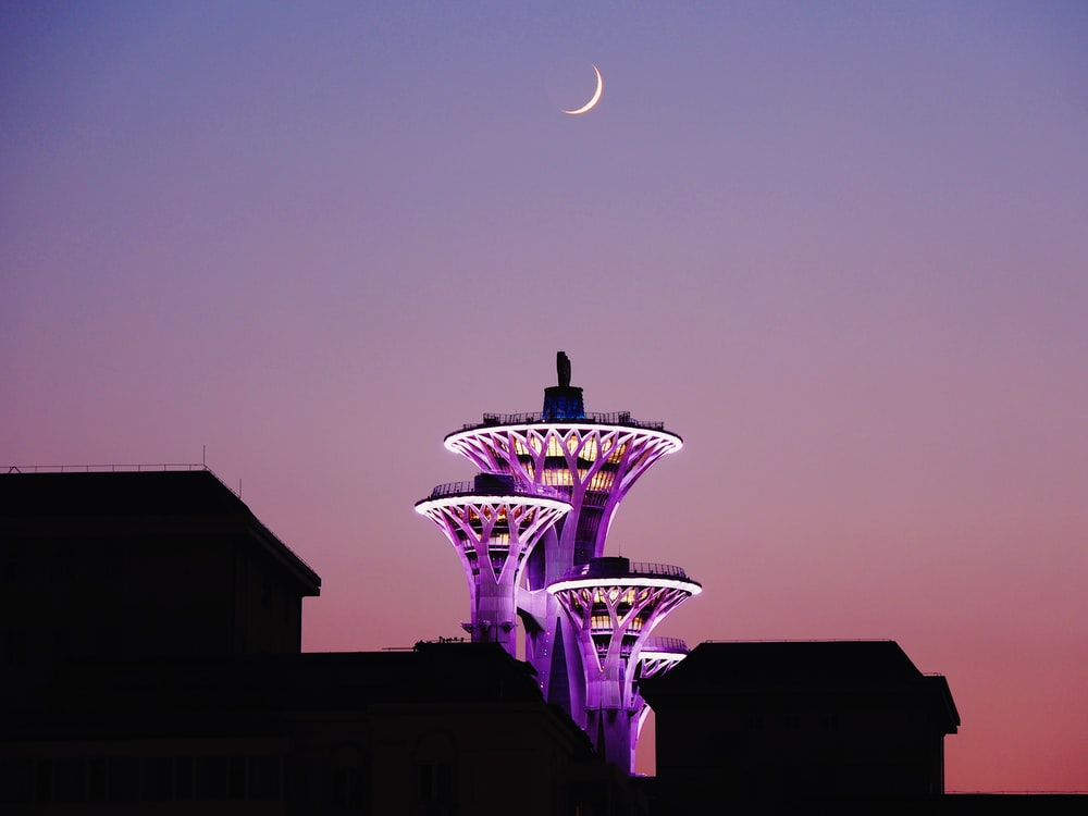 purple and white led light tower