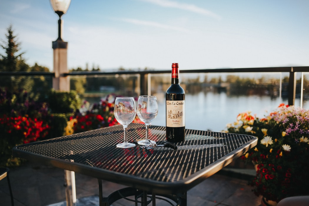 Souvenirs to bring back from your honeymoon - wine