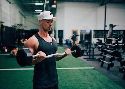 Armmuskler: Liste og øvelser til muskler i arme
