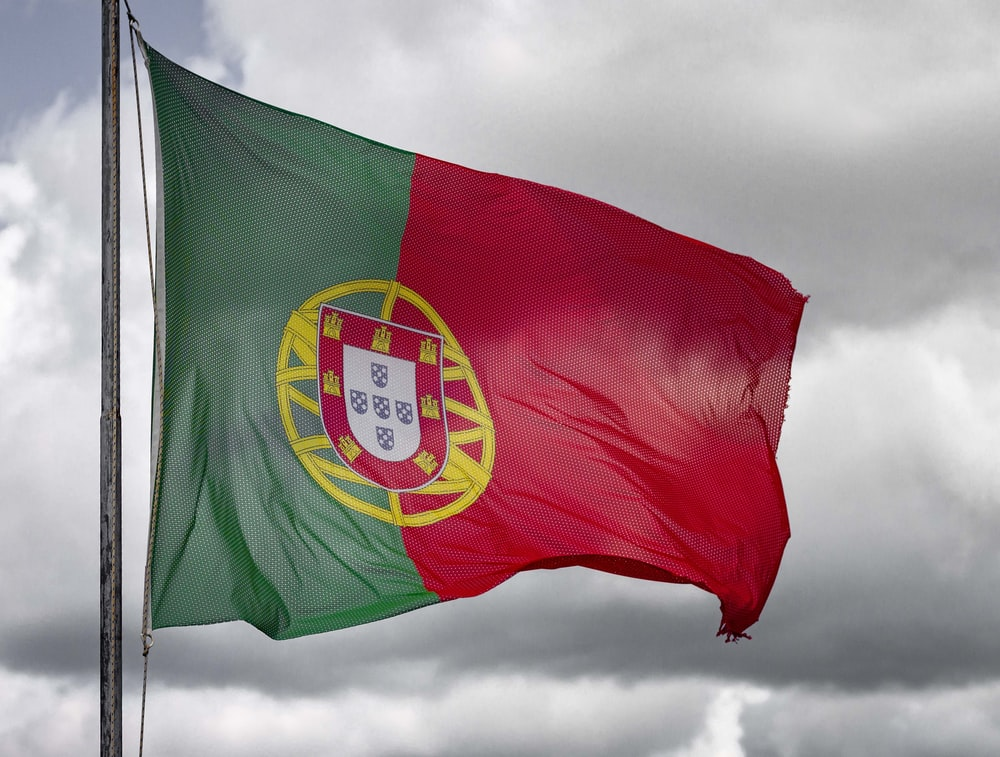 red green and yellow flag