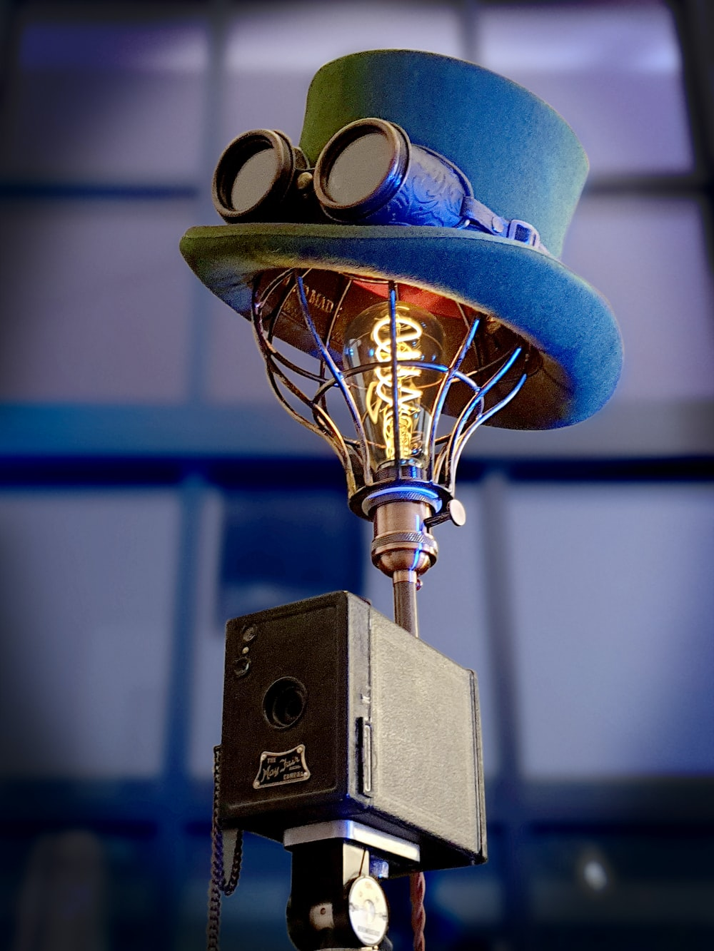 blue and brown table lamp
