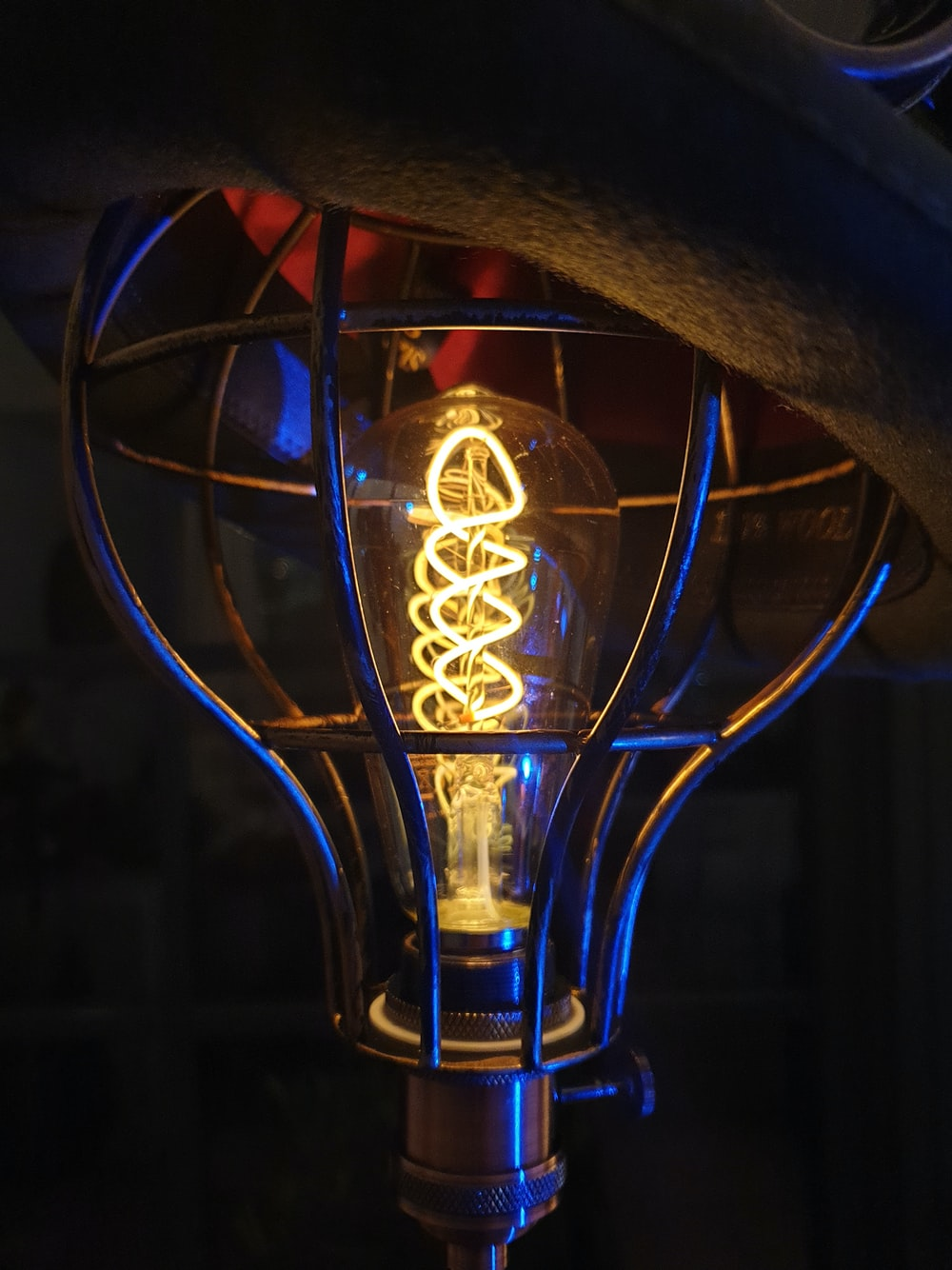 red and yellow light bulb