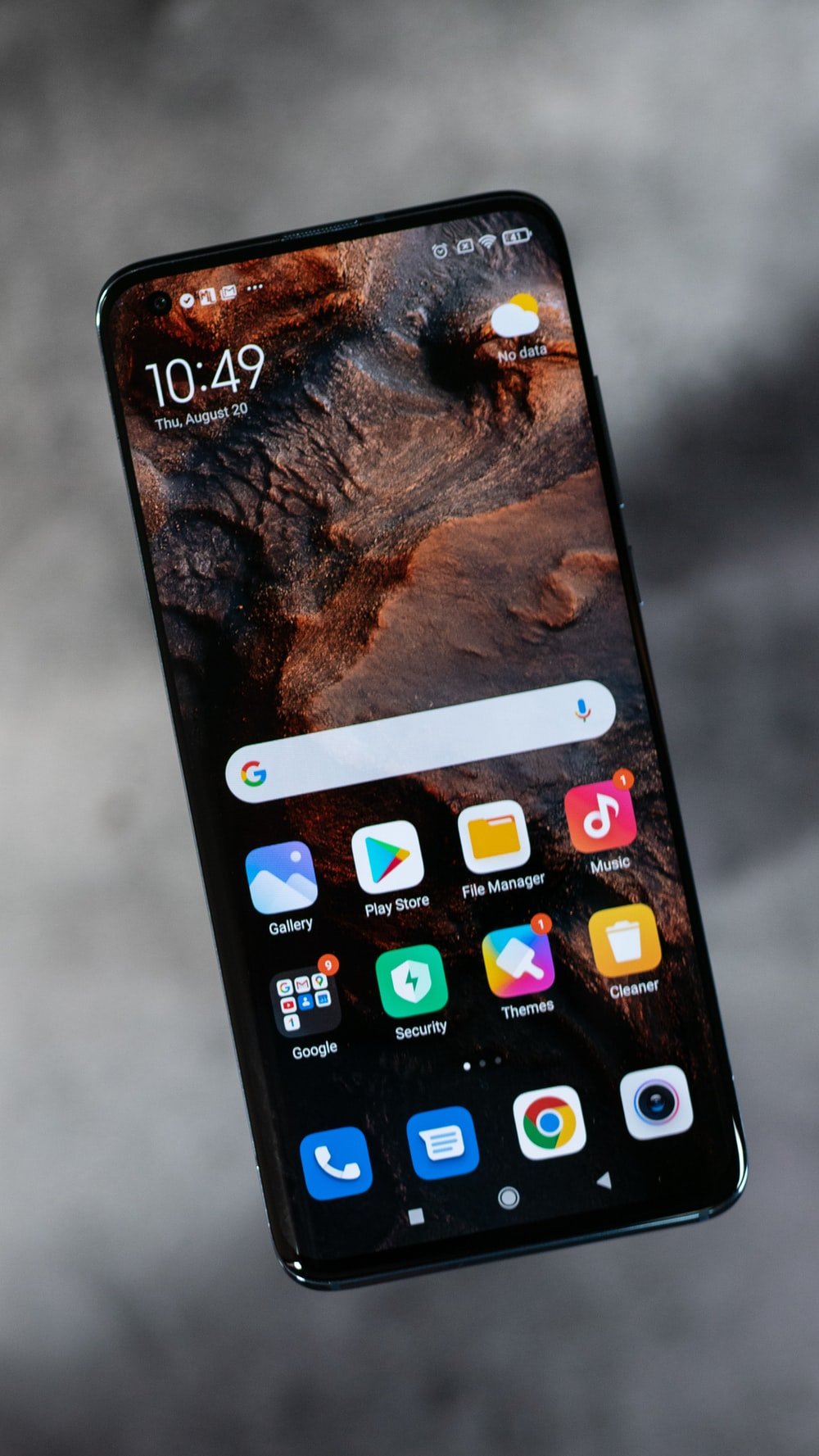 iphone screen showing icons with icons