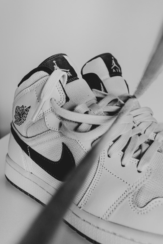 white and black nike air jordan 1 shoes