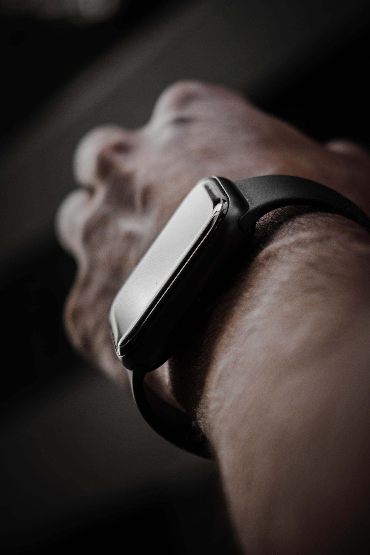 Bloomberg: Apple poderá lançar um Apple Watch mais robusto!