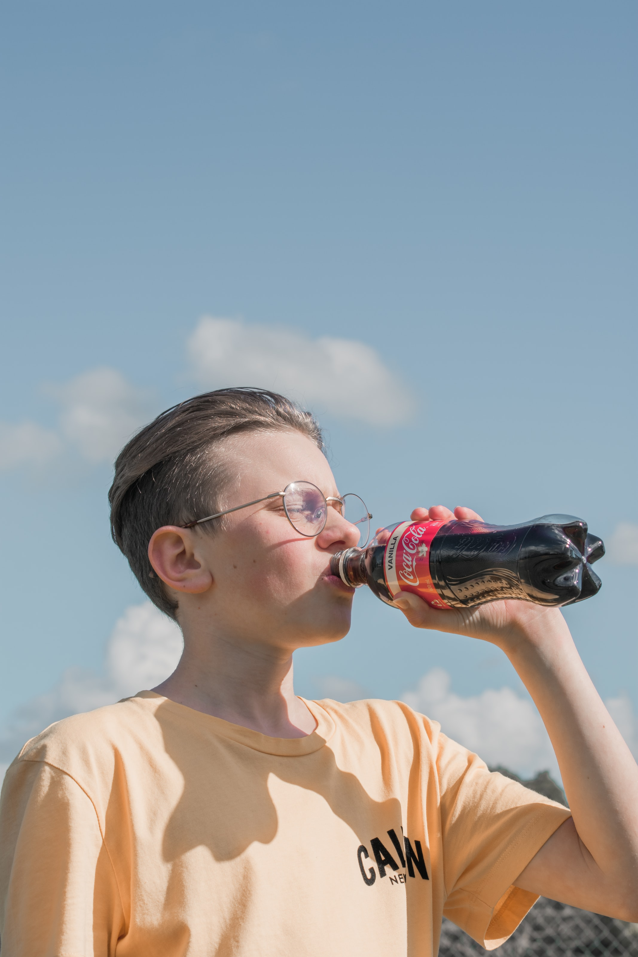 隔夜飲料能喝嗎?顏宗海:對口過就會長細菌,就連白開水也是 | Heho健