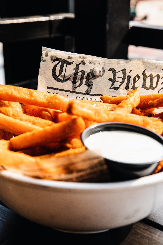 fries on white ceramic bowl