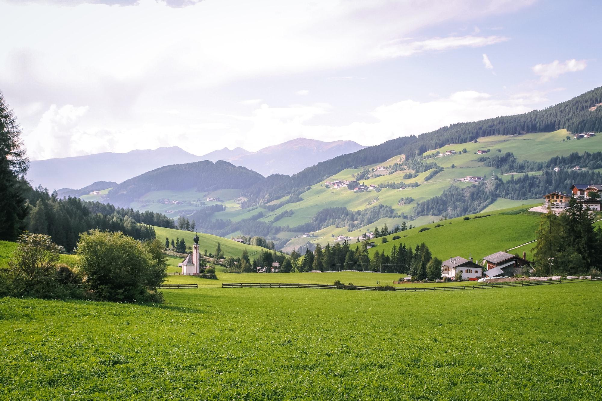 Zapytanie nr 1050 do ministra rolnictwa i rozwoju wsi w sprawie majątku ziemskiego Kościoła katolickiego i innych związków wyznaniowych
