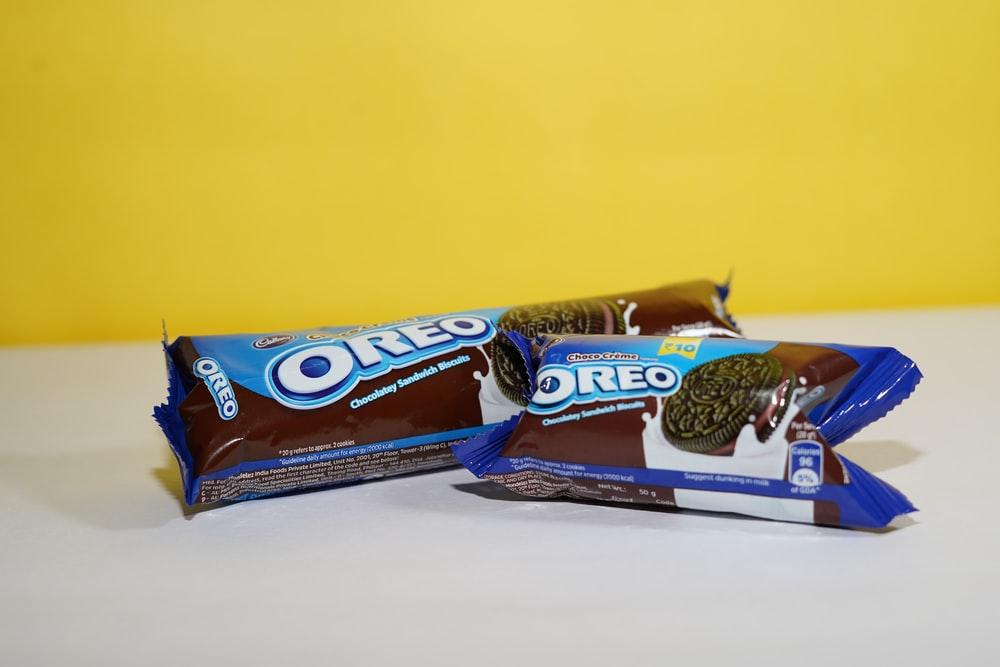 brown and blue chocolate pack