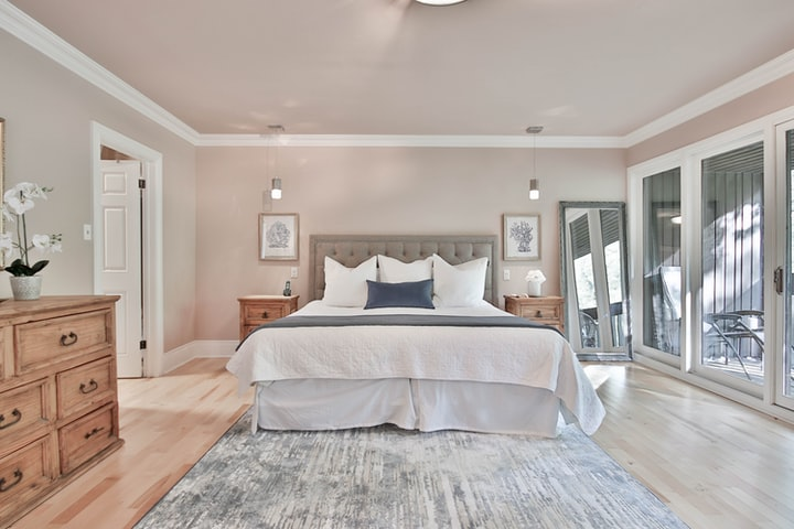 Start Your Spring Cleaning in Your Bedroom