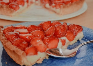 strawberry pie on stainless steel spoon
