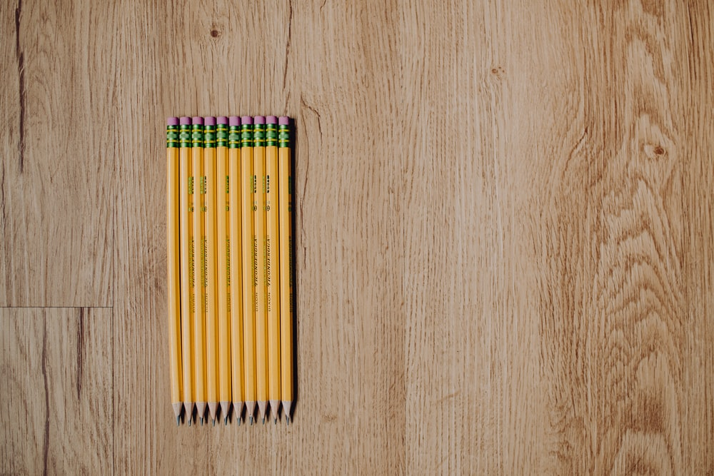 yellow green and red color pencils