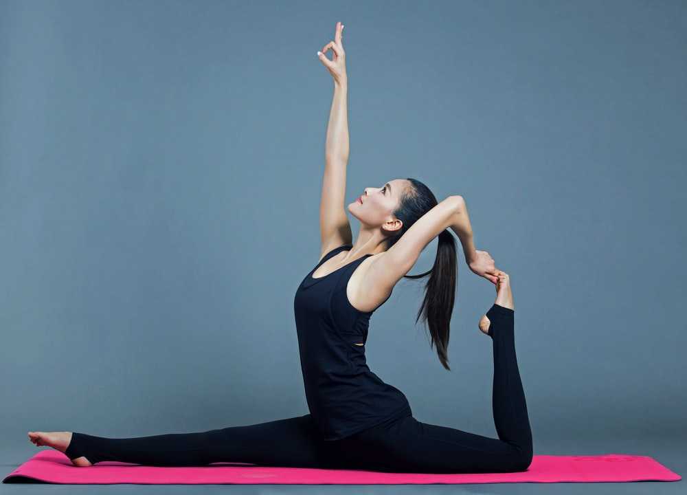 Hong Kong is well known for having a large number of yoga studios. While some of these yoga classes in Hong Kong can be very expensive, there are also a number of cheap and free yoga classes available. You just need to know where to go.