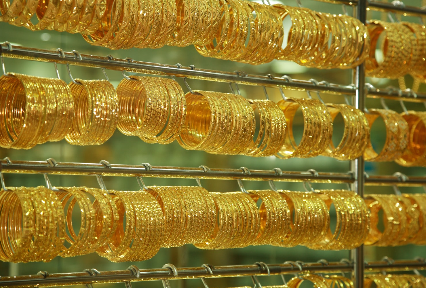 gold souk to go and see in dubai's old quarter