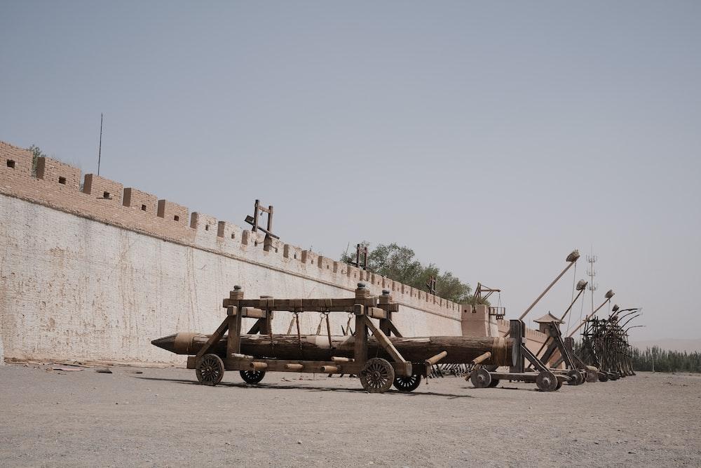 brown and black metal crane