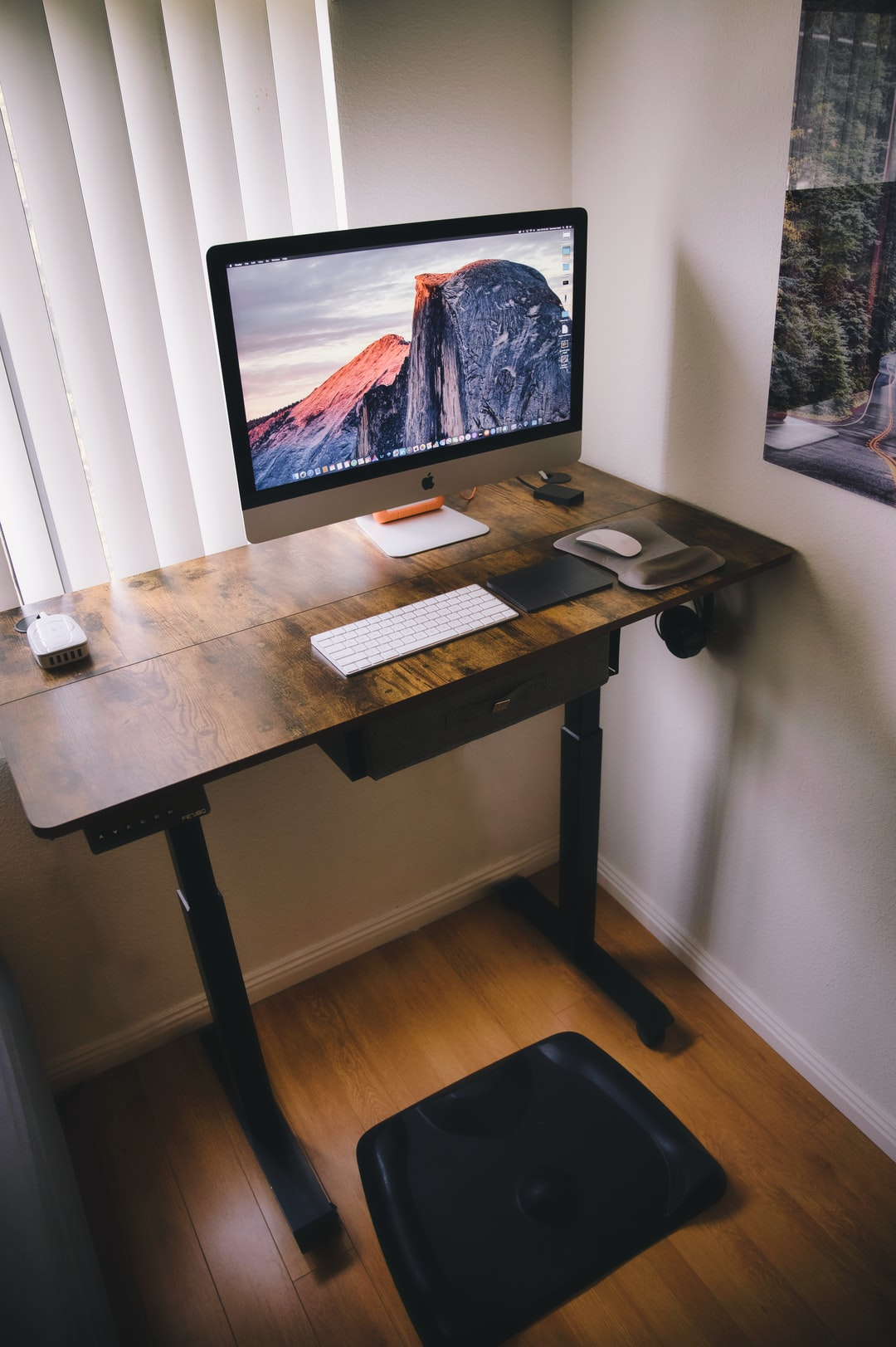 Get up, Stand up: Do You Need a Mat for a Standing Desk?