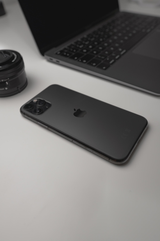 Apple Lightning 2 Based on Thunderbolt 4