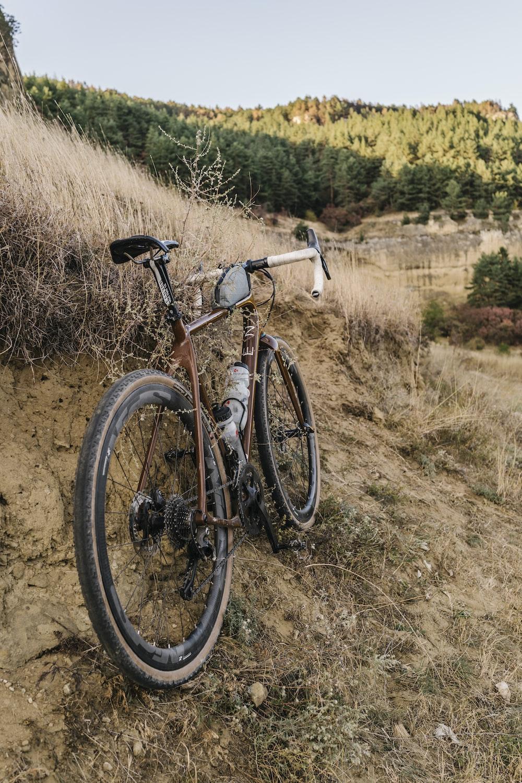 vélo de route modifié en gravel bike