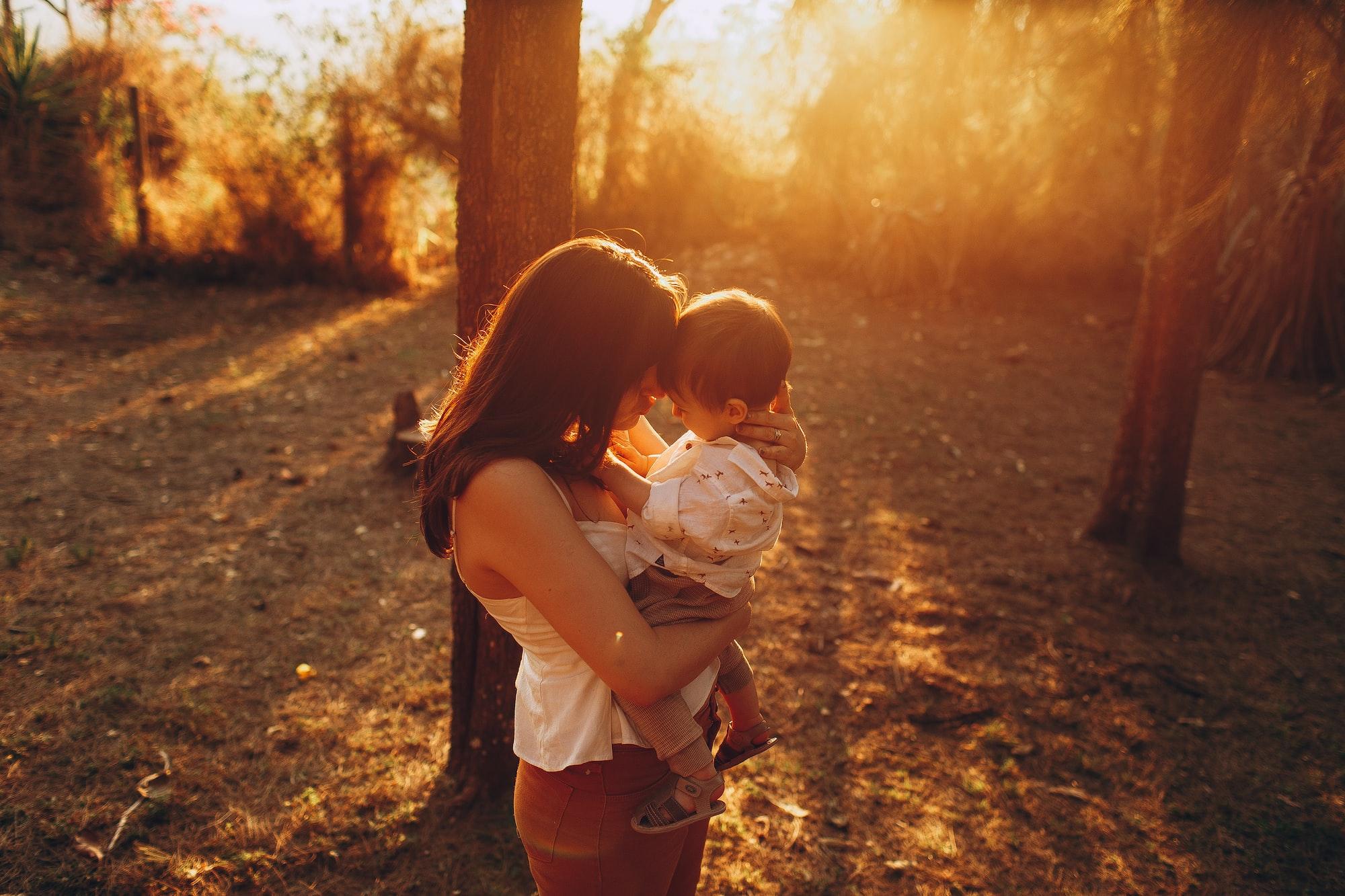 Iubeste-mă așa cum sunt! A fi mamă de copil autist.