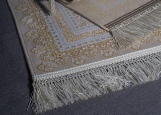 Iranian carpet photography Copyright for : Erfan Banaei | 2020