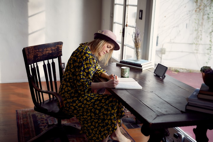 4 Writing Lessons I Wish I'd Known When I Was 21