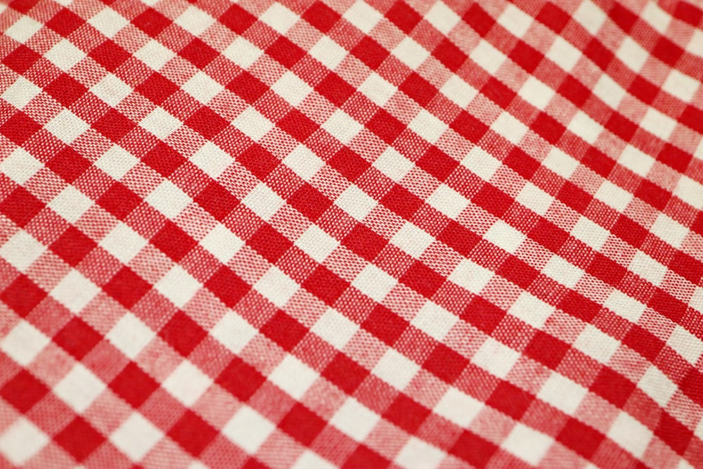 Checkered Tablecloth Pictures Download Free Images On Unsplash