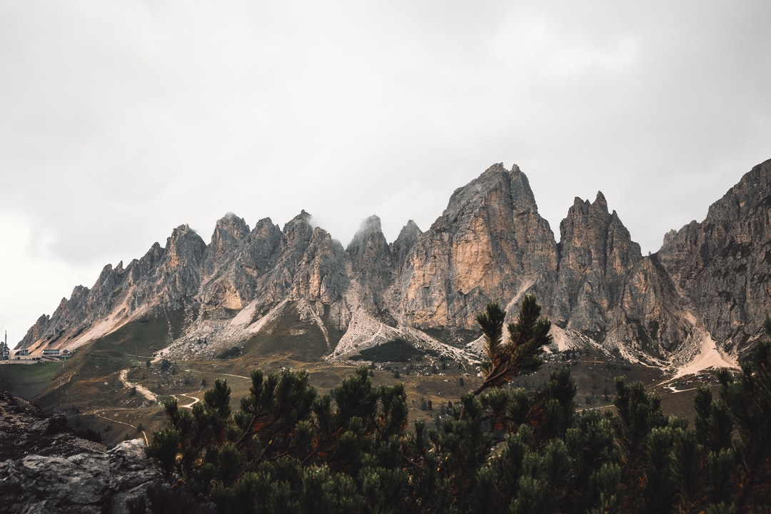 I Took This Picture During the First Day of A 7 Day Hike and Was Completely Overwhelmed By This Unreal View. - unsplash