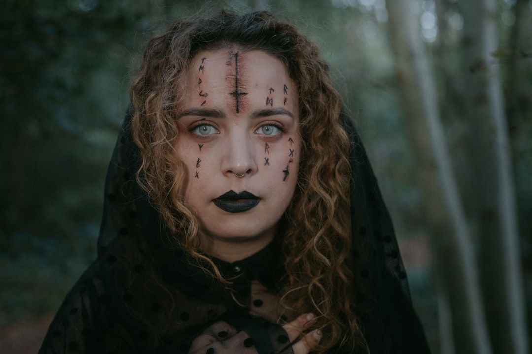 Inspired By A Makeup Look My Sister Found On Pinterest. I Loved Modelling and Guiding Her To Take the Photo. Proud of the Talented Team We Make. - unsplash
