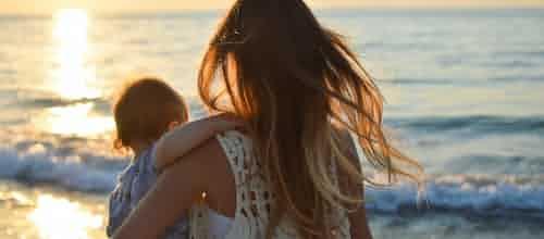 סקירת יום העיון האימהיות (motherliness) בחיים ובטיפול - כוחות, דילמות ופרדוקסים