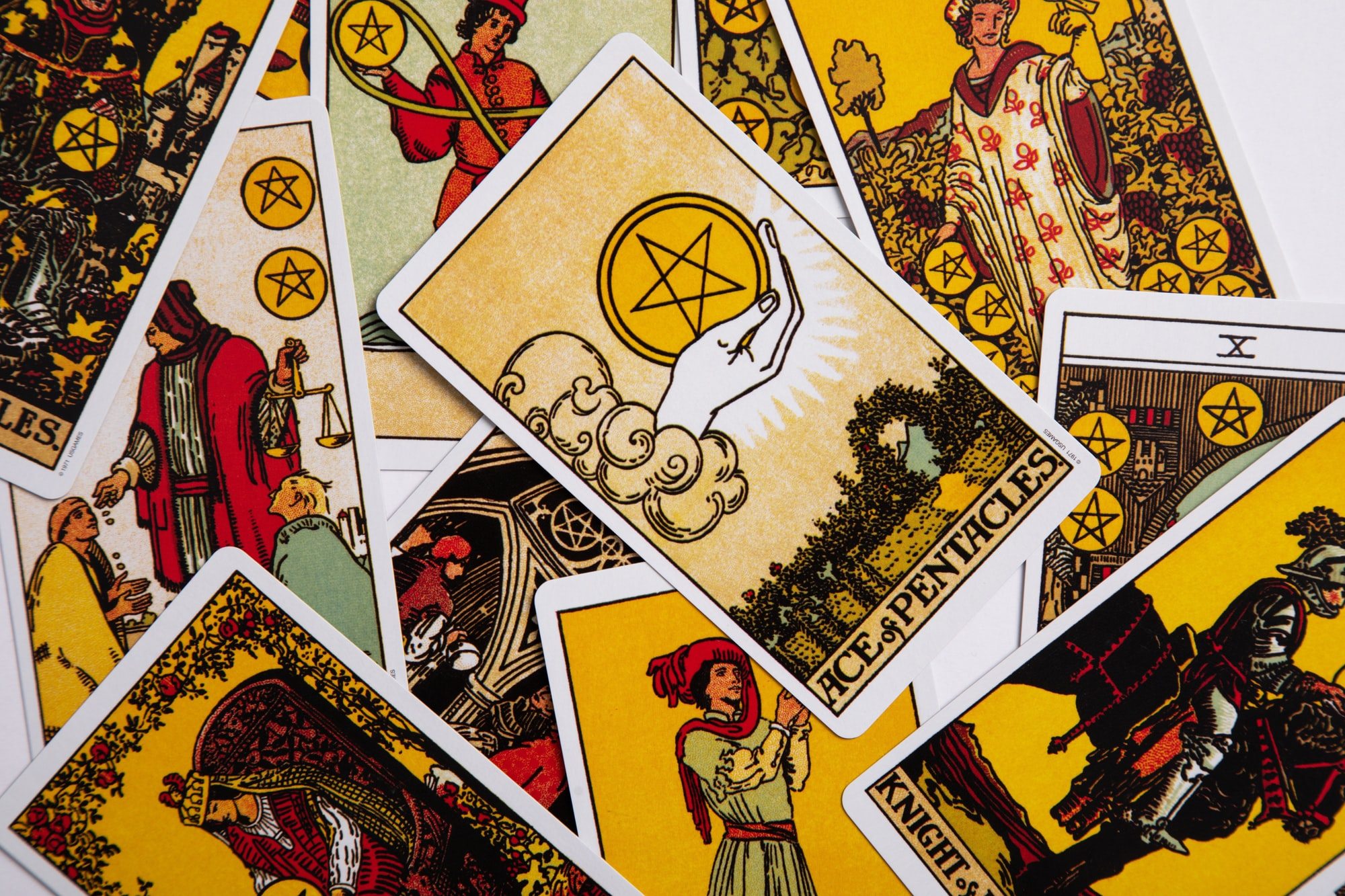 A Solstice Tarot Connective for the Collective