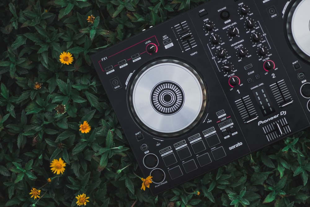 black and white dj controller