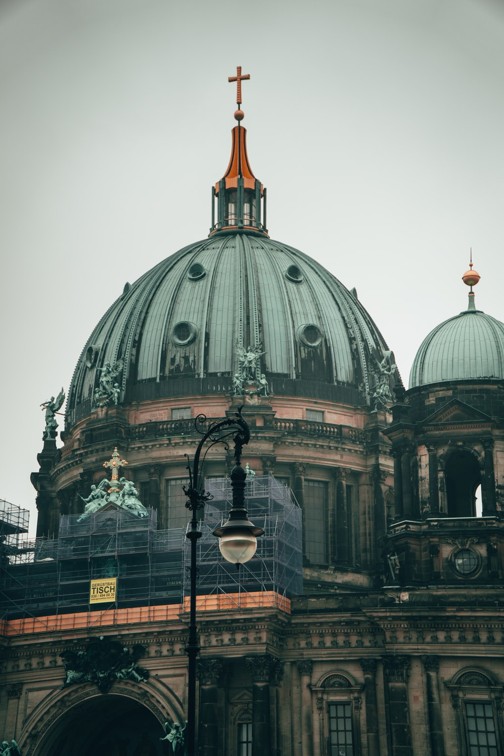 brown and white dome building