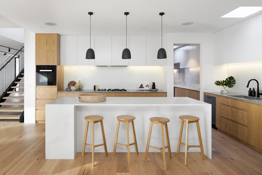 Kitchen Island Pictures Download Free Images On Unsplash