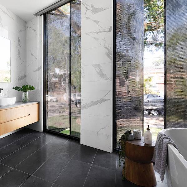 Hydromasážna sprchová kabína: naozajstný wellness v domácej kúpeľni