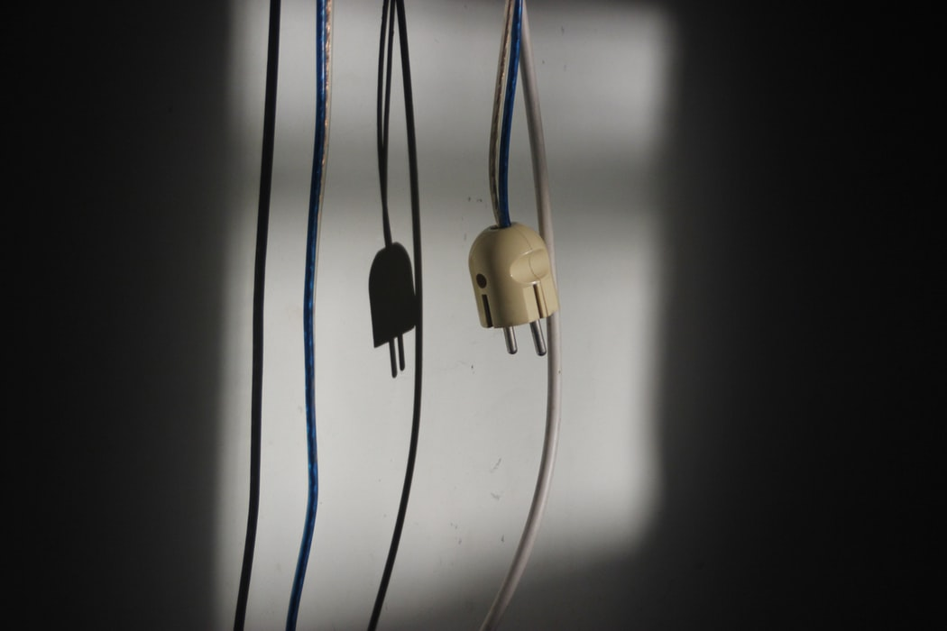 Haal je stekker uit het stopcontact om sluipverbruik te verminderen