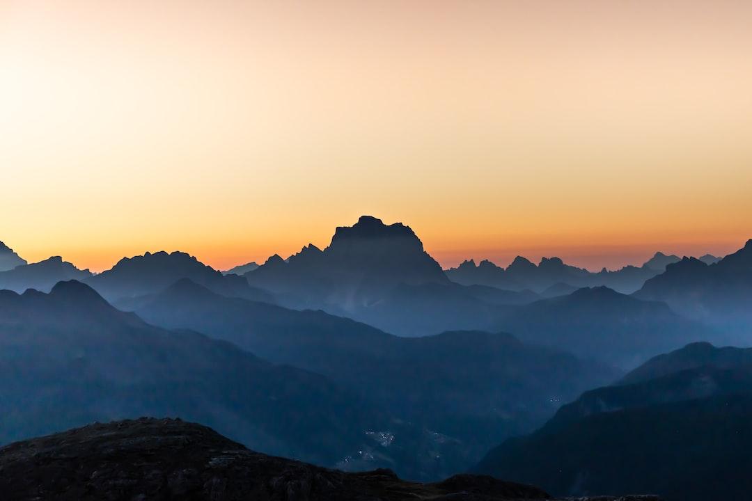 Sunrise Views In the Dolomites - unsplash