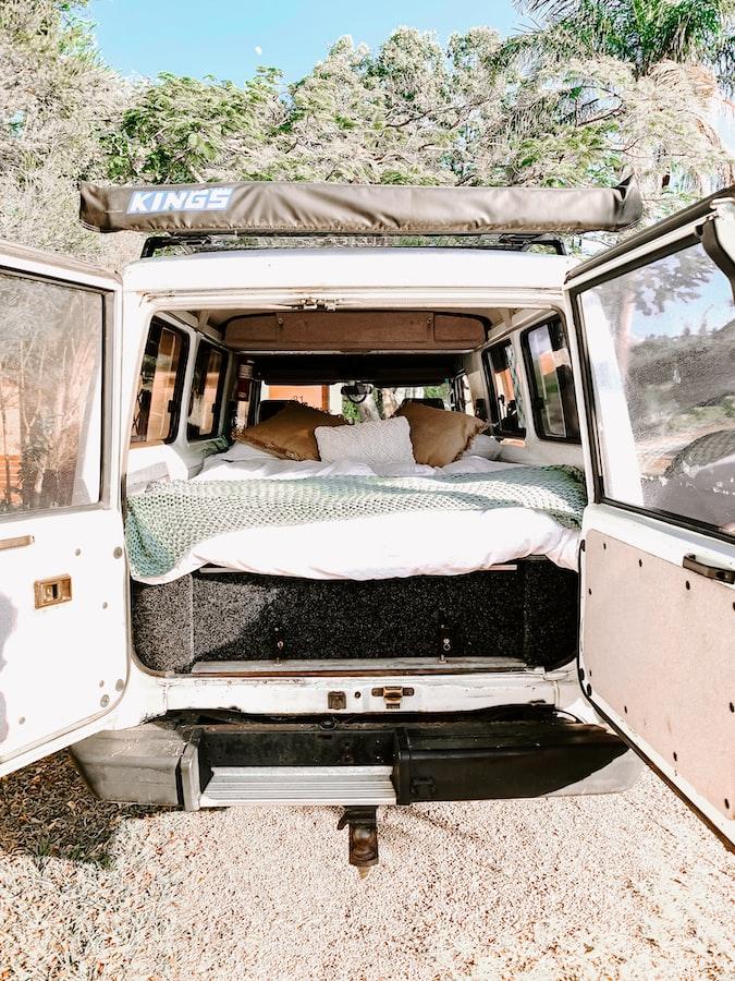 folding sleeping platform SUV