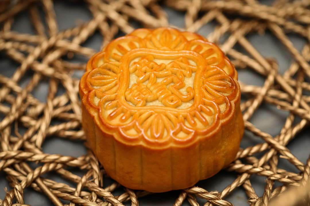 Traditional Mooncake 月饼, Celebration of the Mid-Autumn Festival, Macau, China - unsplash