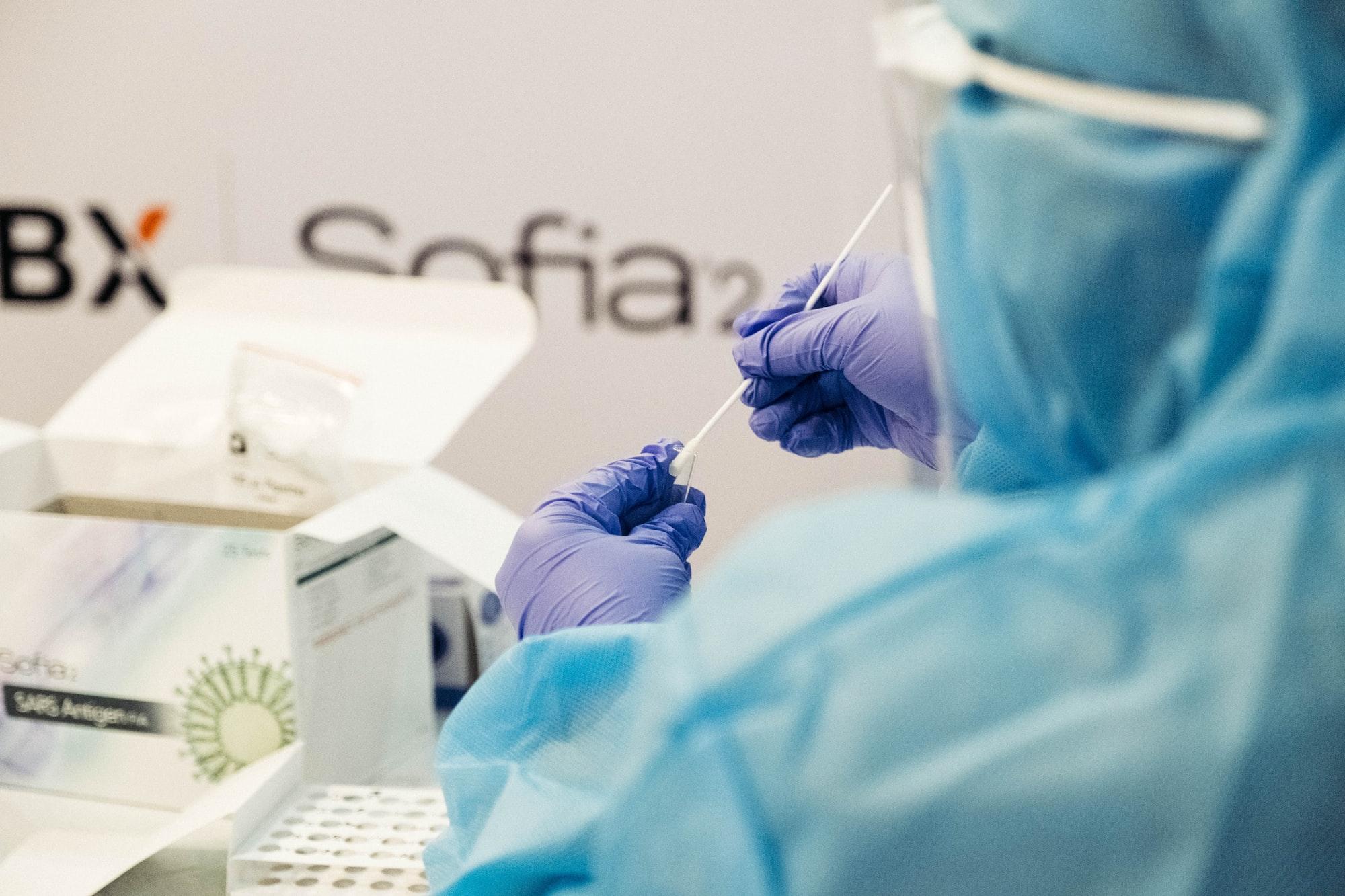 Kolejny przypadek brytyjskiej mutacji koronawirusa w Polsce. Zakażona nauczycielka