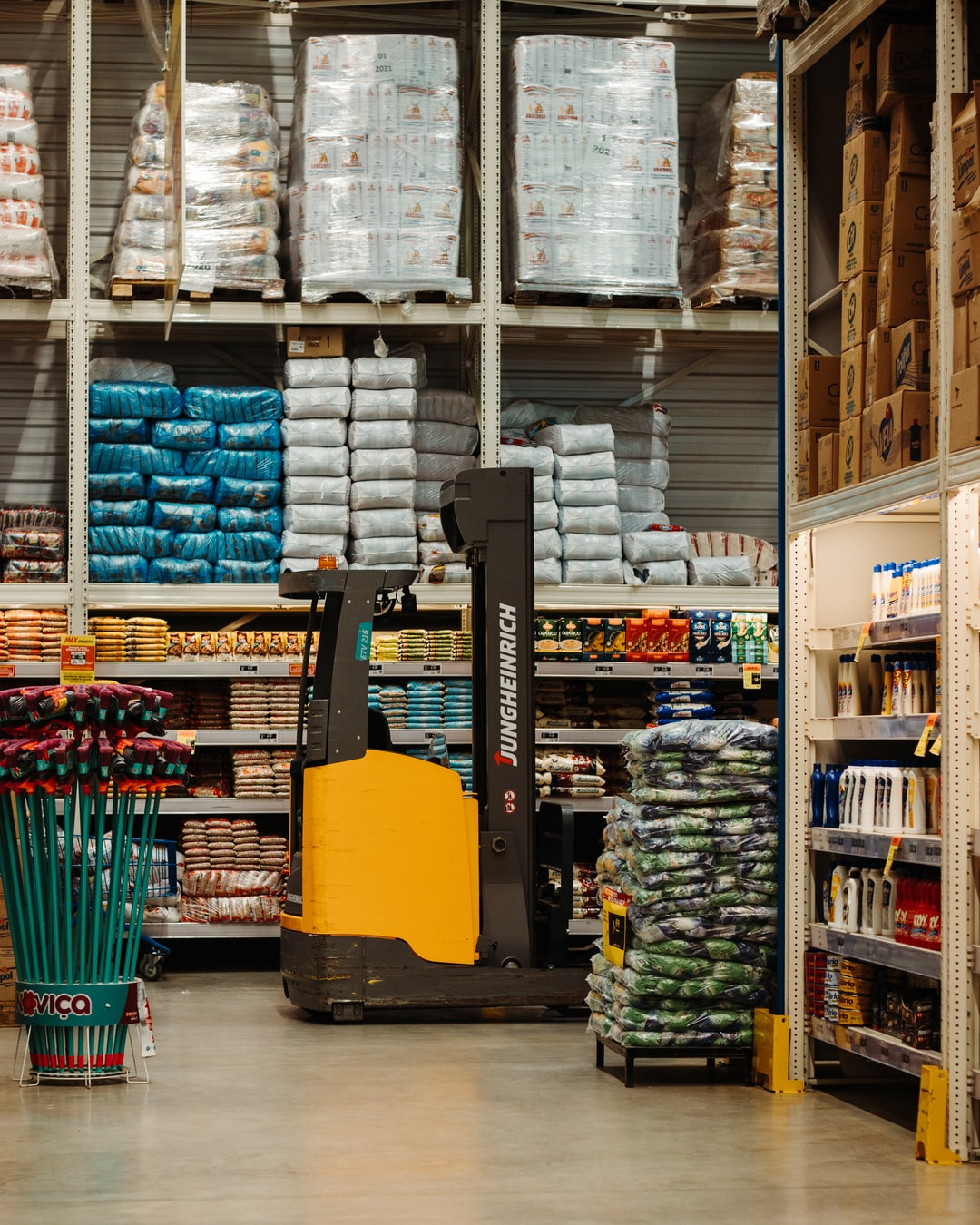 The Pitfalls of Traditional Warehouses
