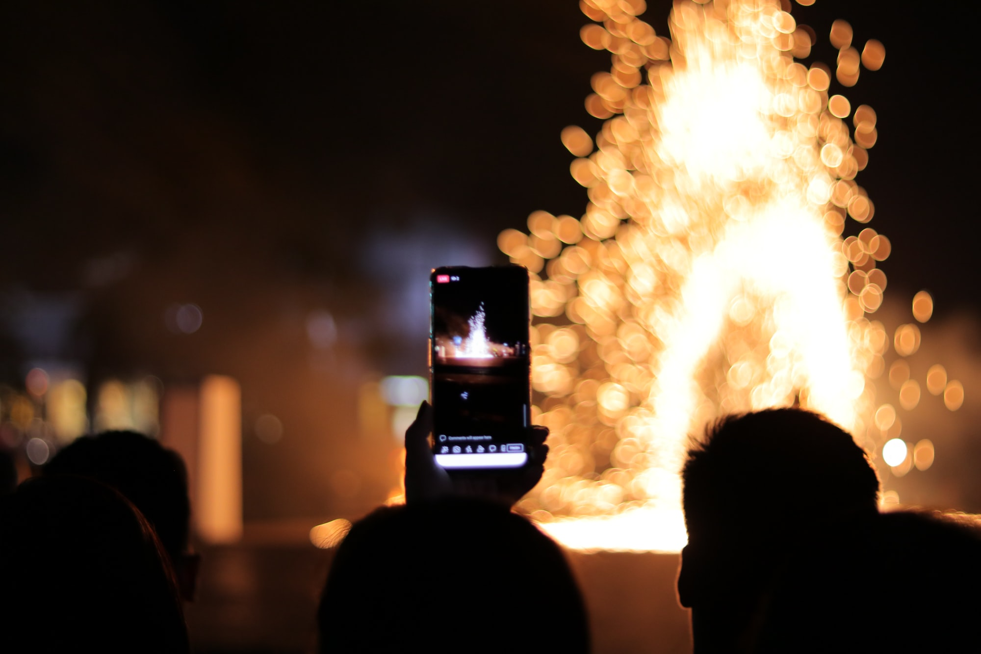 A very nice night event. phone and bokeh