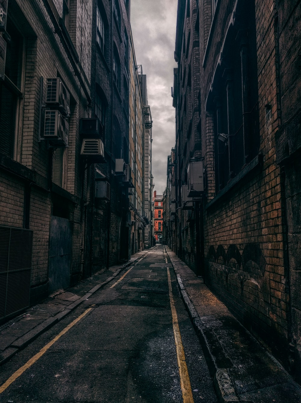 Liverpool City Pictures Download Free Images On Unsplash